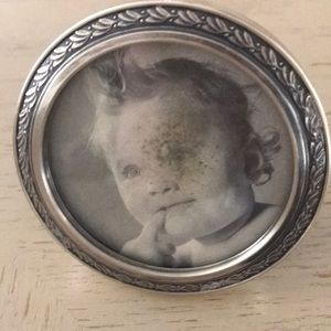 "Vintage sterling picture frame. 3 1/2 "" round"